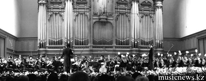 Дуэль оркестров