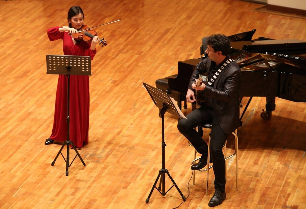 Соната Никколо Паганини для скрипки и гитары
