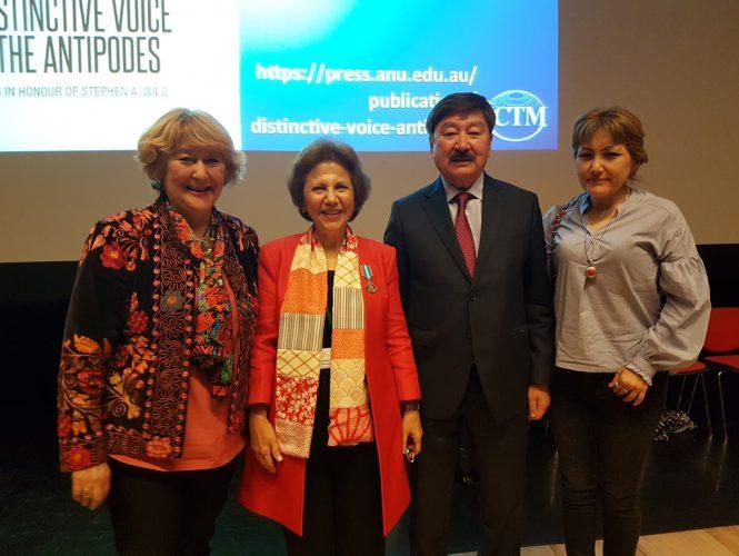 Казахстанские учёные и президент ICTM