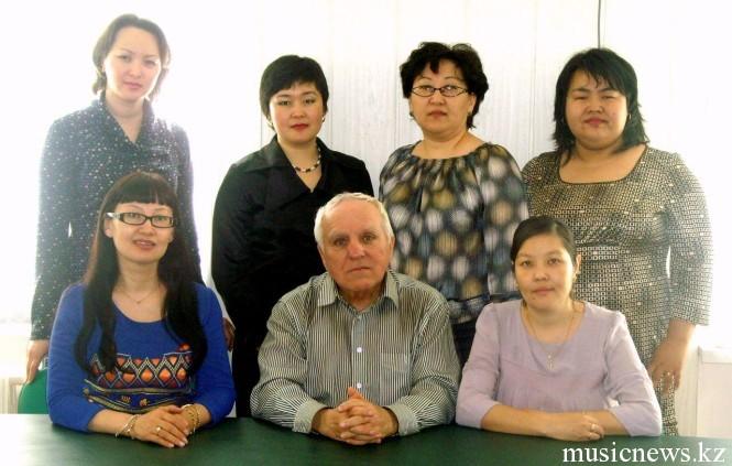 педагоги Академии Дины Атырау и Б.Топчевский