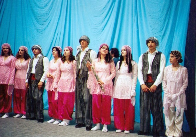 The folklore young ensemble «Alan»