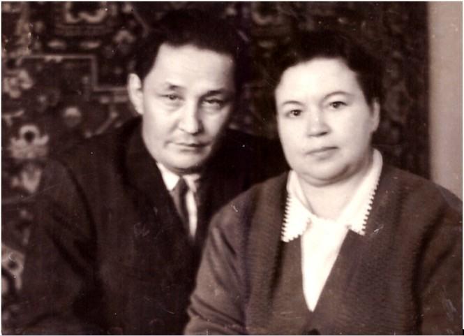 Бахитжан Байкадамов и Валентина Панфилова