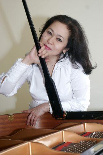 Гульжамиля Кадырбекова