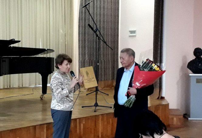 Бакир Баяхунов